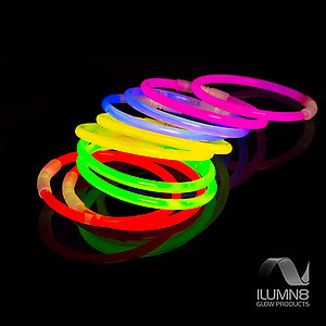 100 x 8 Inch Glow Stick Bracelets 5 Colour Mix - Bonus 5 Glow-ball Connector Sets